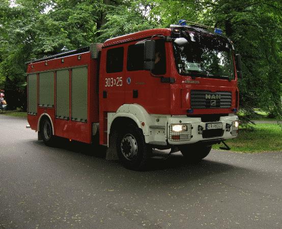 KMPSP Warszawa:  07.06.2019 - Pożar dachu przy ul. Modzelewskiego